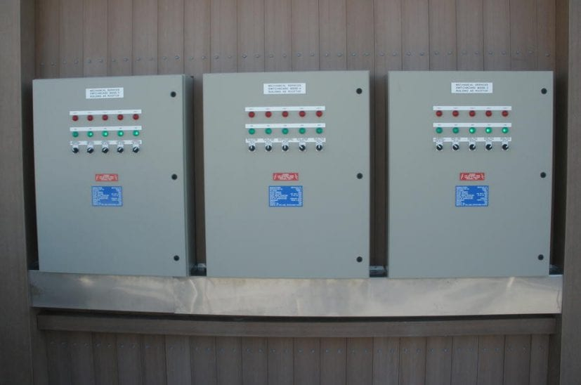 lee-wharf-control-panels-827x548
